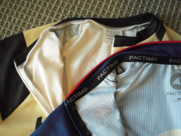 Freeda Roam VS Pactimo Quality Comparison Collars